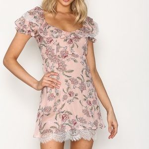 For love and lemons dress size small